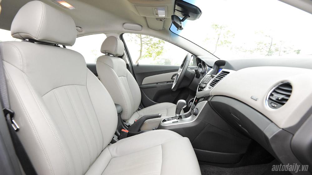 Chevrolet Cruze  2014(43).jpg