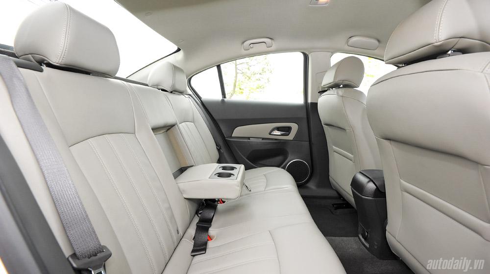Chevrolet Cruze  2014(44).jpg
