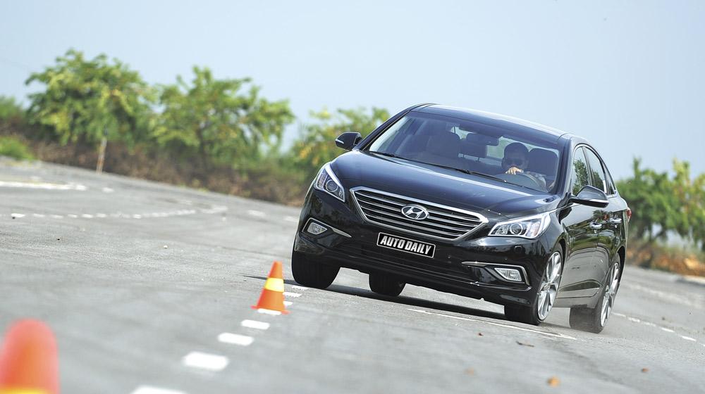 Hyundai Sonata 2014 (21).jpg