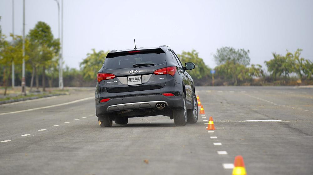 Hyundai Santafe 2014 (18).jpg