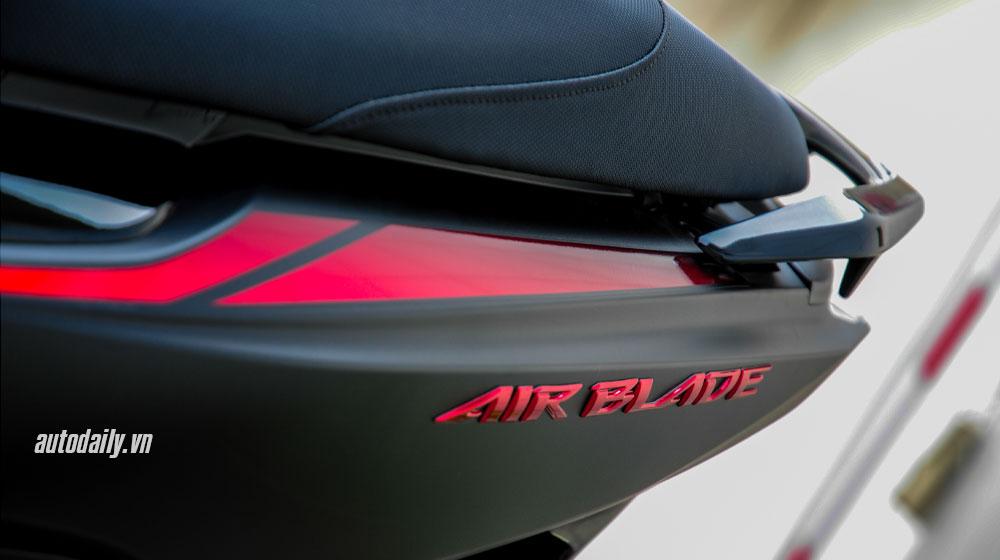 Honda Air Blade Black Editon 2015 - Sự kết hợp hoàn hảo - 3
