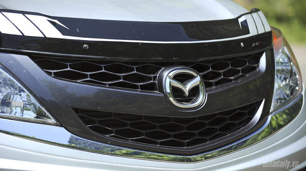 Mazda-BT50-2015-(50).jpg