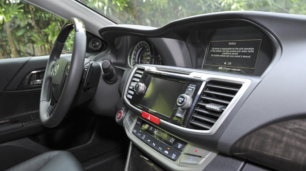 HondaAccord2015_44.jpg