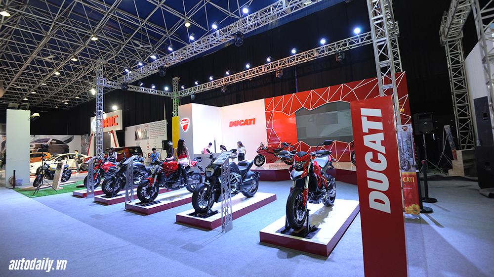 Ducati_and_BMW (2).jpg