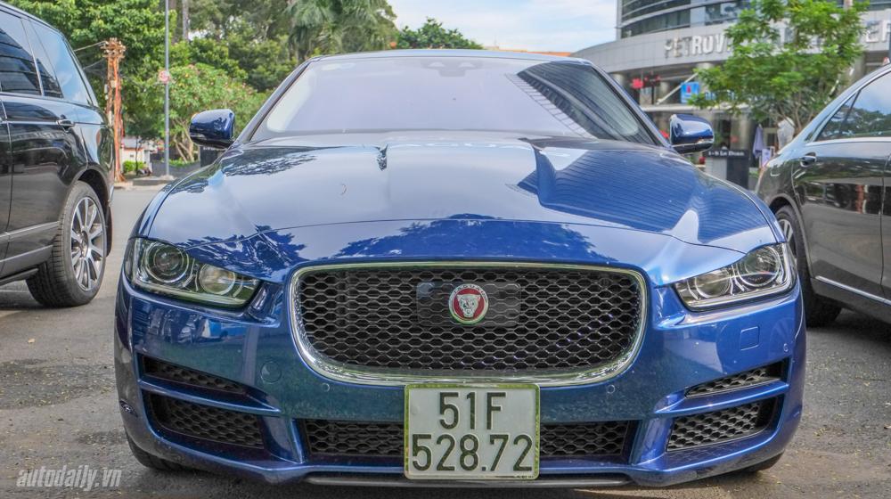 Jaguar_XF_Porfolio (1).jpg