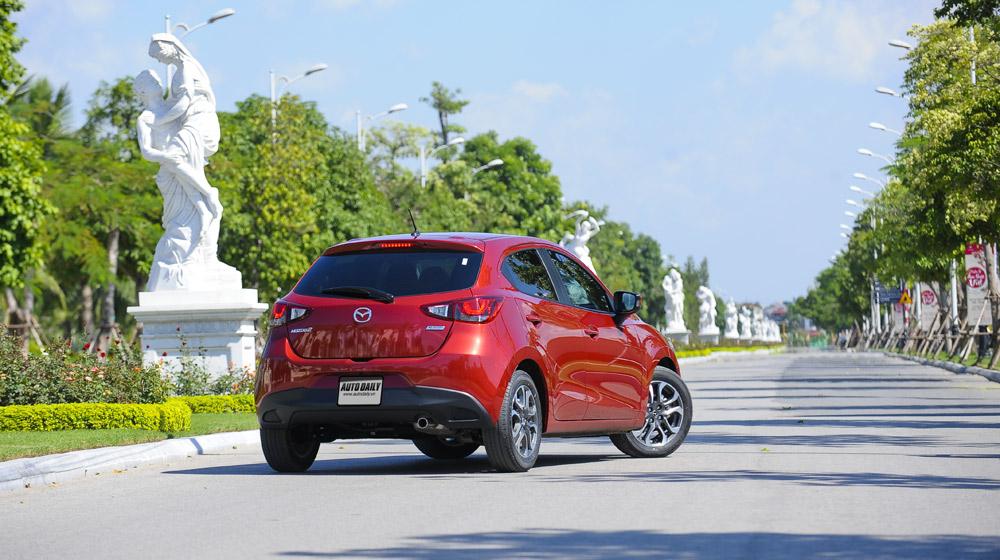 Mazda2 (11).jpg