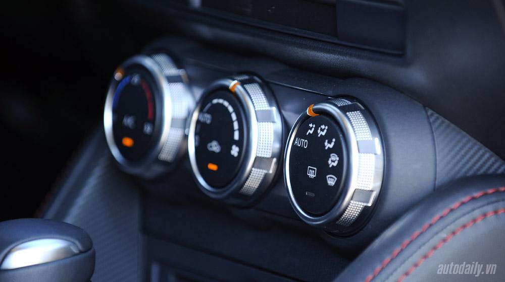 Mazda2 (41).jpg
