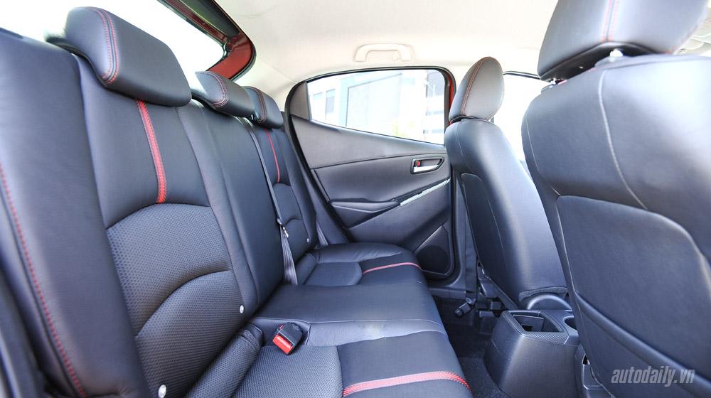 Mazda2 (57).jpg