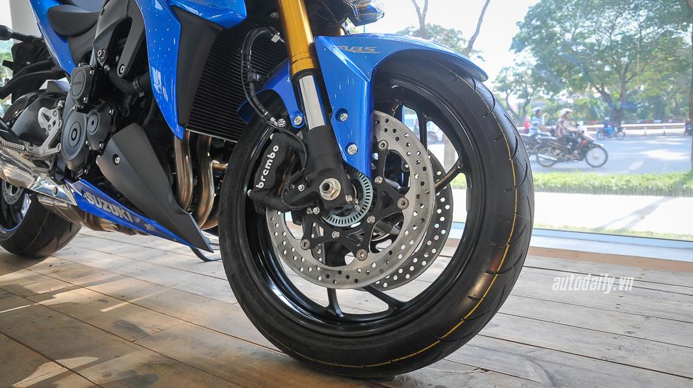 Suzuki_GSX_S1000 (12).jpg
