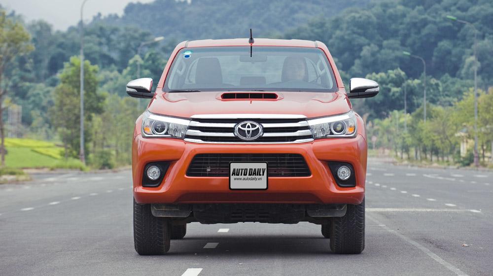 Toyota Hilux test (5).jpg