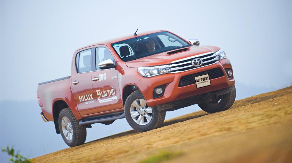 Toyota Hilux test (8).jpg