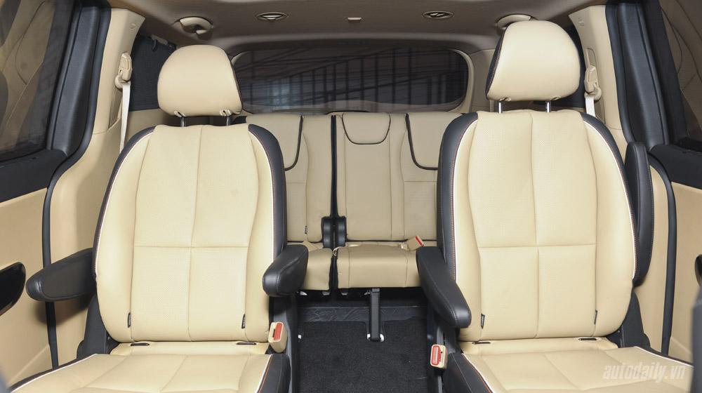 Kia Sedona (6).jpg Kia Sedona Kia Sedona và Honda Odyssey - cuộc đua phân khúc Minivan Kia 20Sedona 20 6
