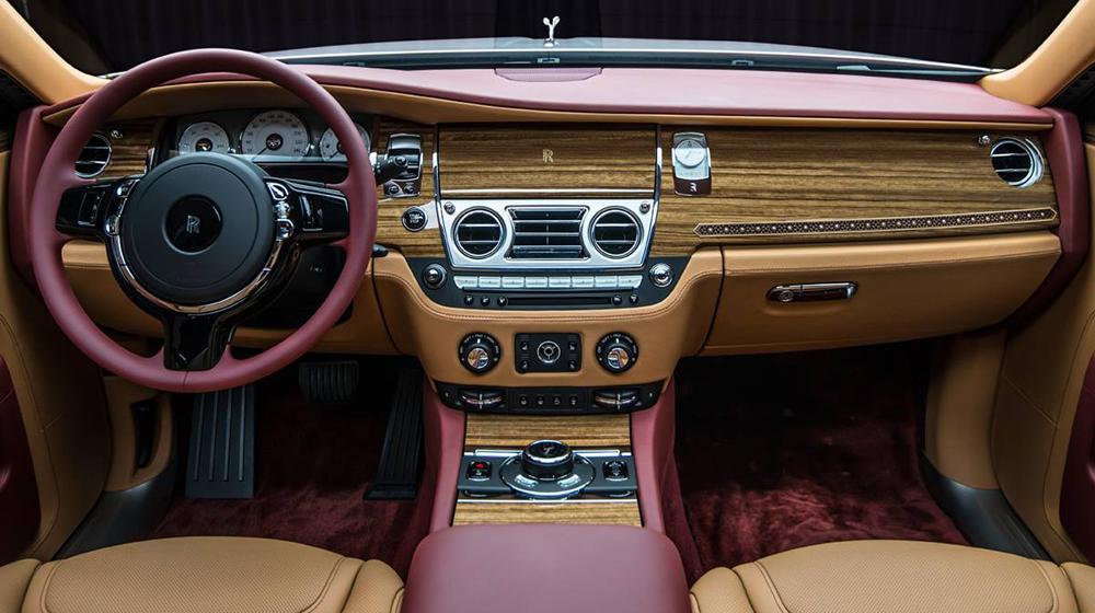 Chiêm ngưỡng siêu xe Rolls-Royce Ghost Series II đính hơn 40 viên kim cương  Chiêm ngưỡng siêu xe Rolls-Royce Ghost Series II đính hơn 40 viên kim cương Rolls Royce Ghost Red Diamond Edition 4 20copy