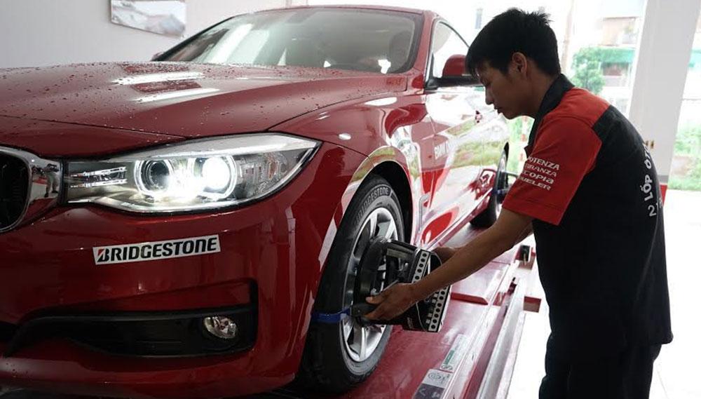 """kiểm tra áp suất lốp Kiểm tra áp suất lốp – Lưu ý """"đáng tiền"""" lop Bridgestone 4"""