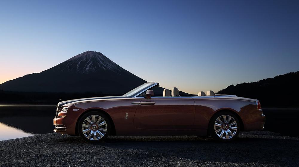 Rolls-Royce-Dawn_2017 (1).jpg