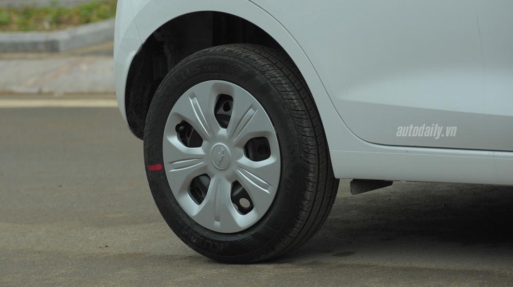 Chevrolet Spark 2016 (15).jpg Chevrolet Spark van 2016 Đánh giá xe Chevrolet Spark Van 2016 tại Việt Nam Chevrolet 20Spark 202016 20 15