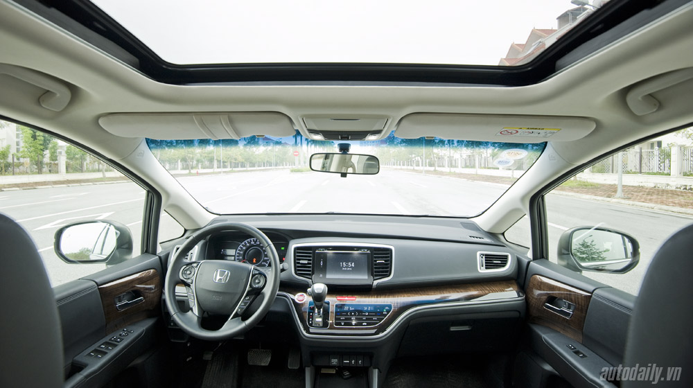Honda Odyssey 2016 (54).jpg