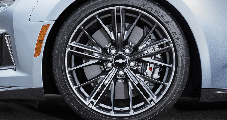 Chevrolet_Camaro_ZL1 (8).jpg