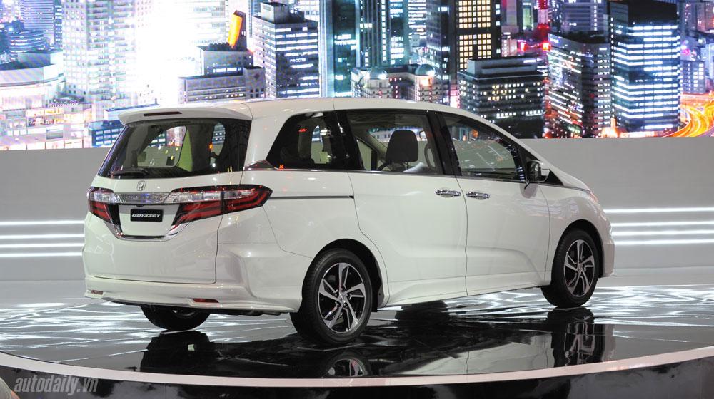 giá xe Honda Odyssey Honda Odyssey công bố giá bán tại Việt Nam honda odyssey vms 2015 20 2