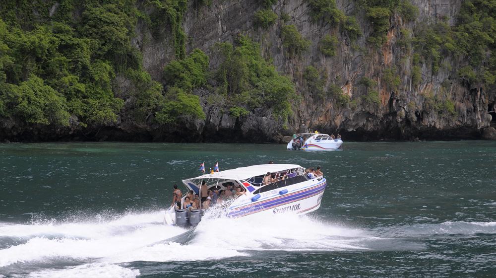 MBFC Caravan, ngày 4: Hòa mình cùng cát, gió, nắng, sóng biển Phi Phi Island - 3